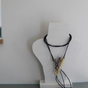 Lange halsketting Brons